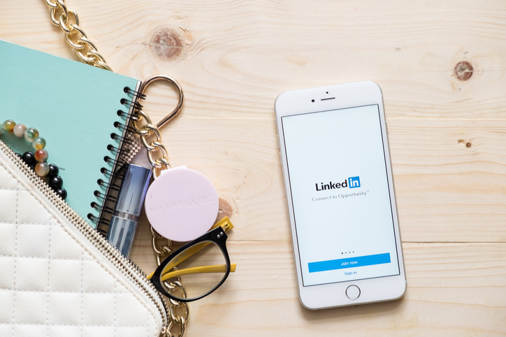 How to create a LinkedIn profile and use LinkedIn for social media if you're a healing business.